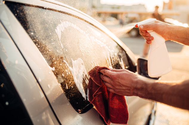 Autopflege im Sommer