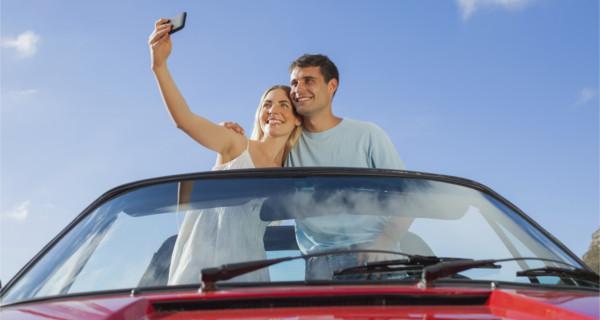 Selfie im Auto